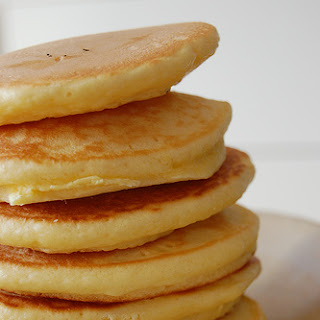 Light and Fluffy Pancakes (with cottage cheese).
