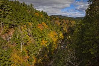 Photo: Queechee Gorge, Queechee, Vermont, Looking north