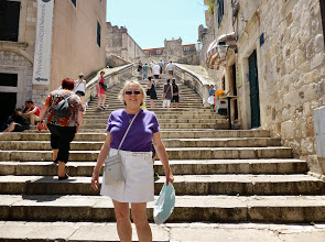 Photo: The steps from the Pile Gate down to the Stradun (main street). The Stradun is a long boulevard with the gate at the top end and the entry to the port at the bottom end.