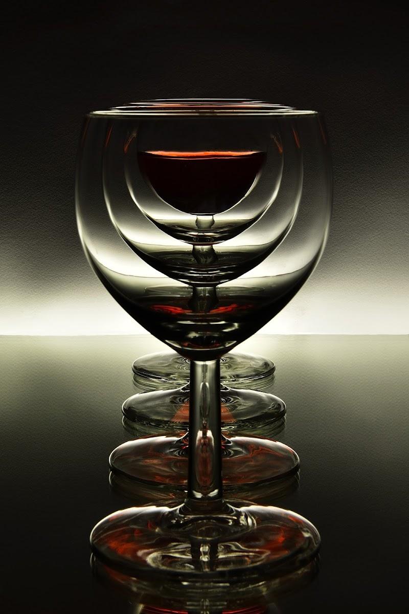 Rosso trasparente. di Matteo Faliero