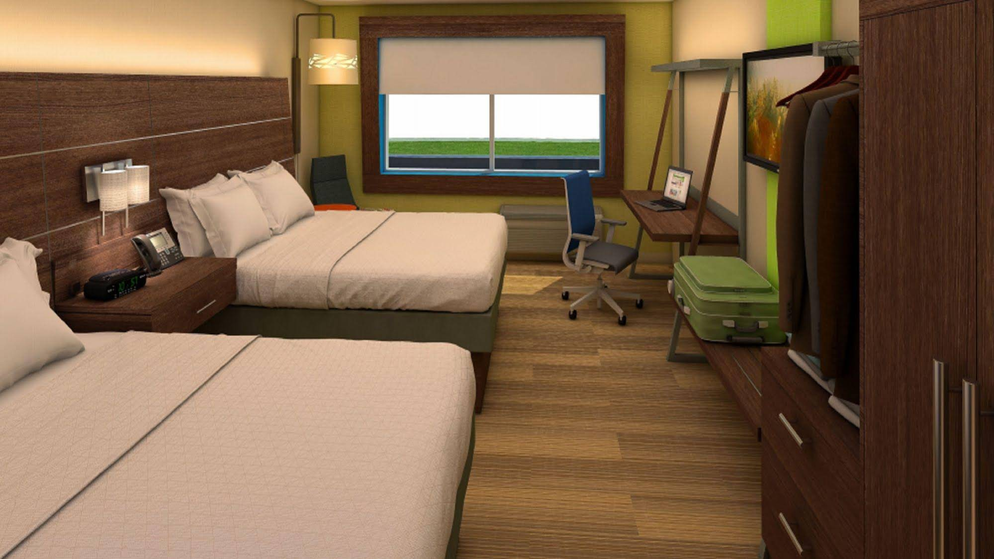 Holiday Inn Express and 38 Suites Houston Iah Beltway 8