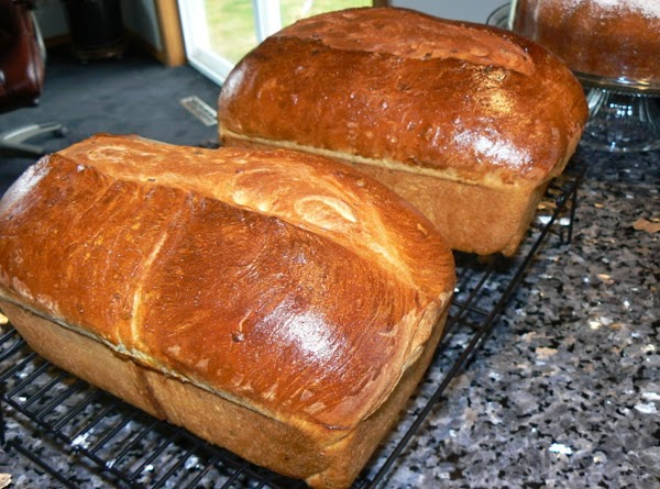 Oven: 375 degrees Combine 1 egg and 1 tbs water; brush loaves. The egg wash will...