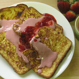 French Toast and Strawberry Cream Sauce