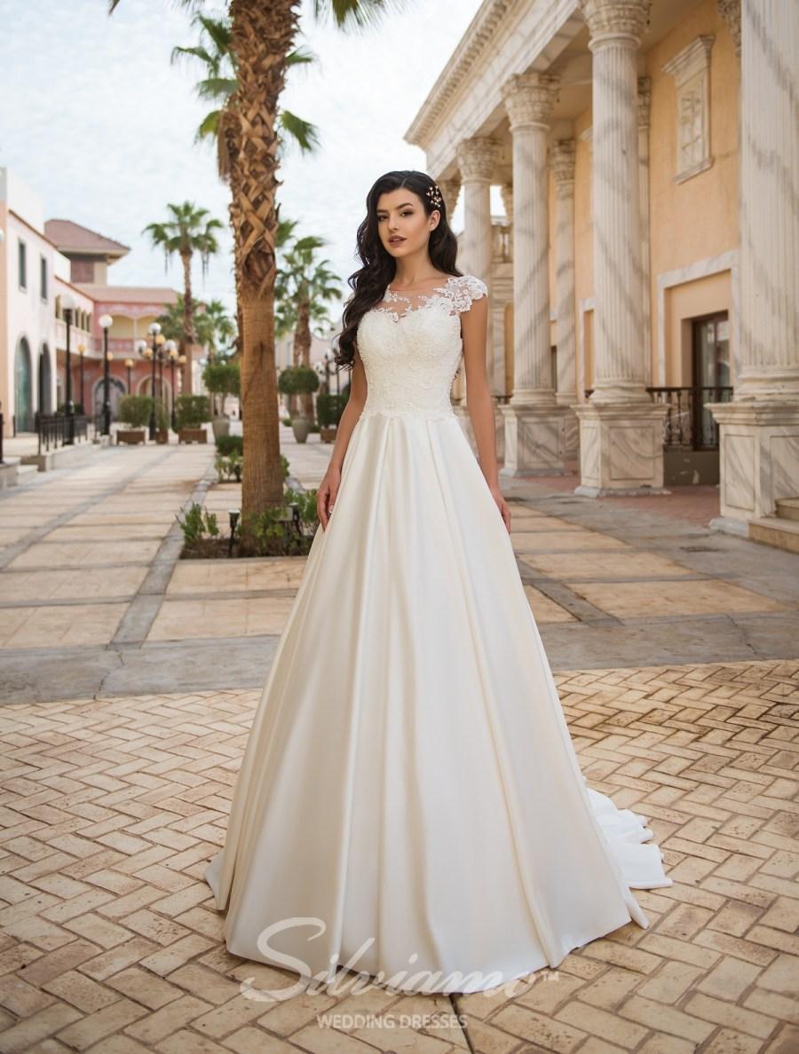 Белое свадебное платье А-силуэта