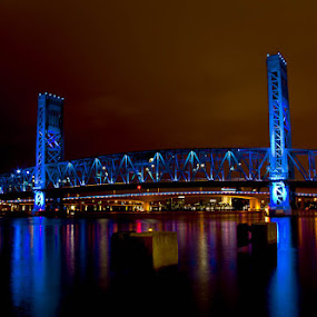 Main Street Bridge by Carlos Holt - Buildings & Architecture Bridges & Suspended Structures ( holt, main st, blue, brrown, long exposure, night, bridge )