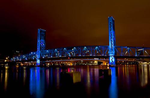 Main Street Bridge by Carlos Holt - Buildings & Architecture Bridges & Suspended Structures ( holt, main st, blue, brrown, long exposure, night, bridge )