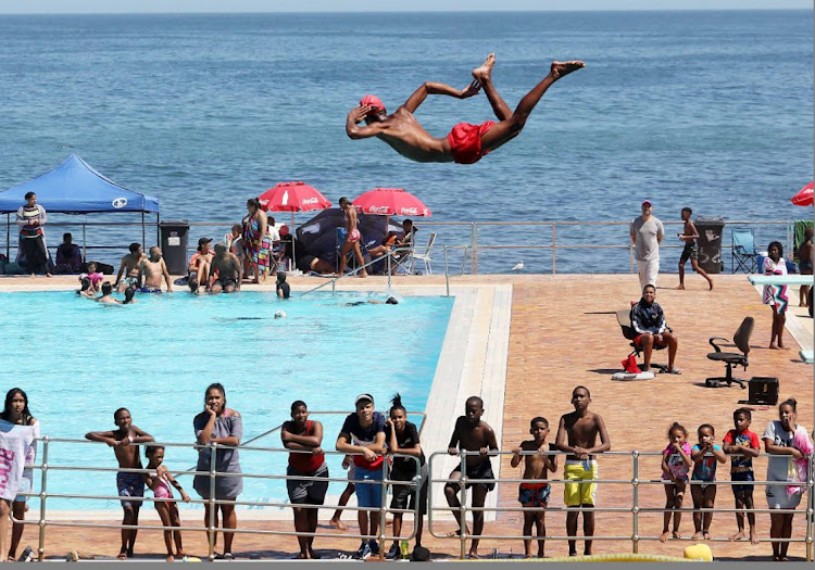 IN PICTURES   Cape Town takes the plunge into the 2019 summer holiday