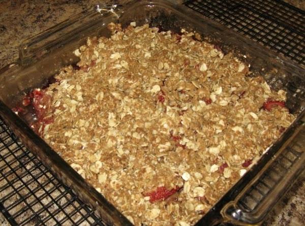 Spread crumb mixture over top.