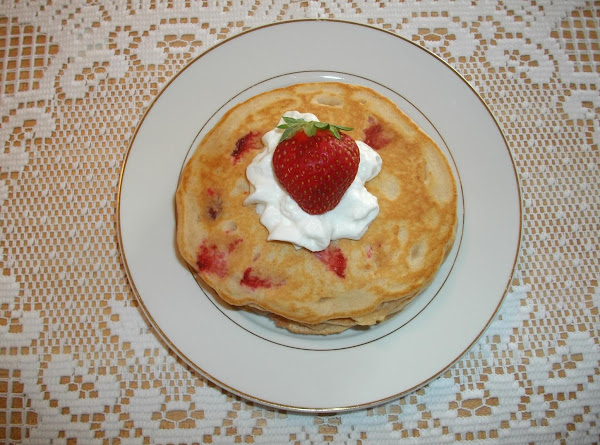 Strawberry Vanilla Pancakes Recipe