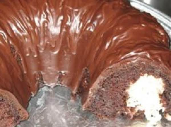 Chocolate Macaroon Tunnel Cake (by: Juanita) Recipe