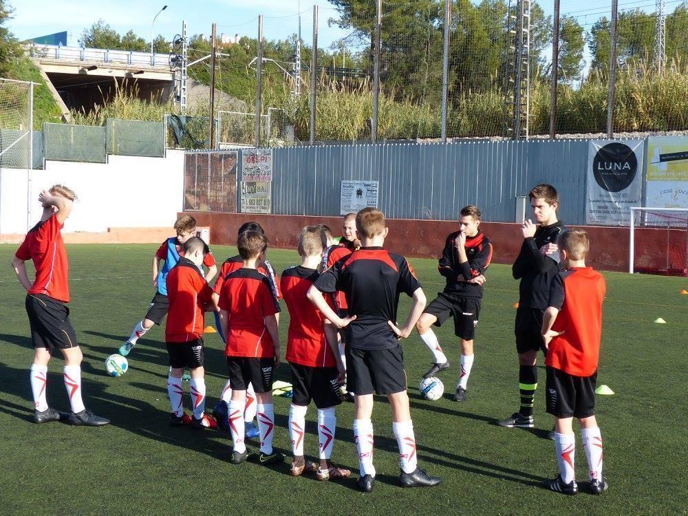 Vacature voetbaltrainer