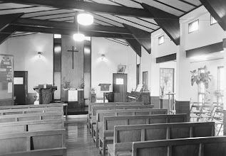 Photo: 礼拝堂脇の集会室を増築。