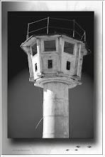Foto: 2010 11 17 - R 06 07 17 074 - P 109 - der Wachturm