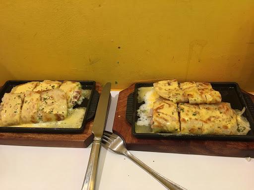 超濃郁鐵板起司蛋餅