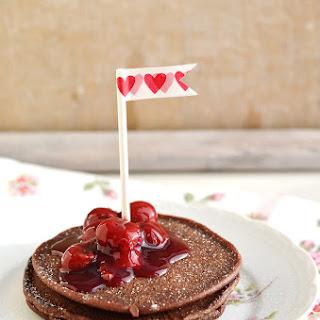 Schokoladen Pancakes mit Kirschsauce von Bloggerin Sarah Seeger