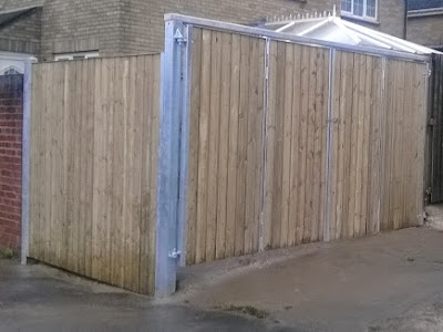 Quad Gates Over Yard