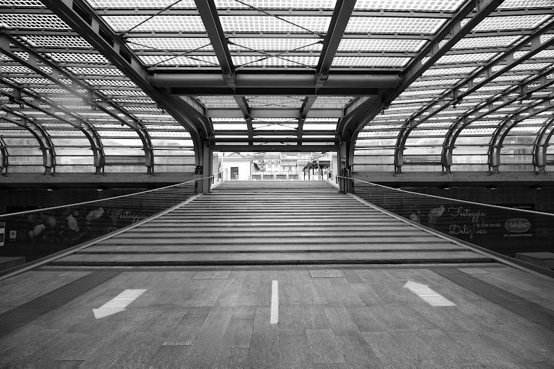 In e out (new station) di Zafs_77