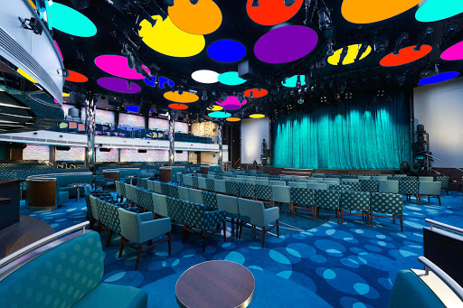Meet your friends at the Liquid Lounge on Carnival Vista for some libations and entertainment.