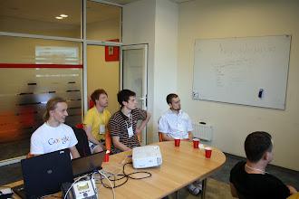 Photo: Хенгаут з Сетомб розробником з Google Dart Team