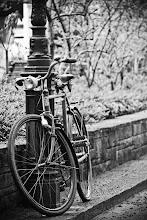 Photo: An old bike in Zurich