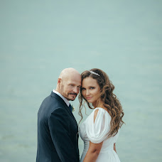 Wedding photographer Anton Ulyanov (mizcuit). Photo of 01.09.2017