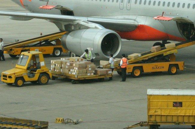 Cách vận chuyển hàng bằng máy bay