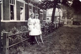 Photo: Jannie Kruit Hd en Willy Kruit Bd. bij Naweg 2