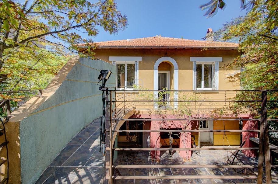 Vente maison 11 pièces 260 m² à Aix-en-Provence (13090), 1 575 000 €