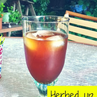 Herbed up Sun Tea