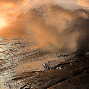 Crash by AJ Schroetlin - Landscapes Sunsets & Sunrises ( water, sky, color, wave, aj schroetlin, crash, sun )