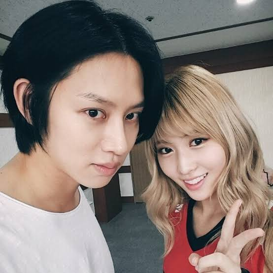 heechul and momo4