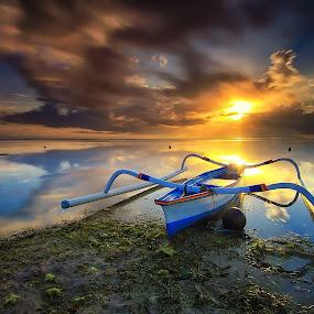 Shining Bright by Calvin Go - Transportation Boats ( bali, indonesia, sanur, sunrise, boat, longexpo )