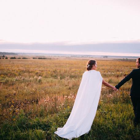 Wedding photographer Pavel Galashin (Galant). Photo of 09.11.2017