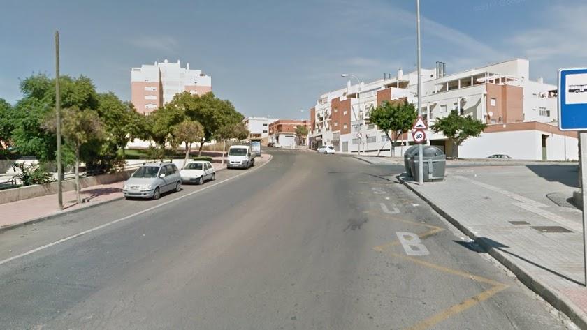Los hechos sucedieron en la calle Sierra de Gredos de Los Almendros