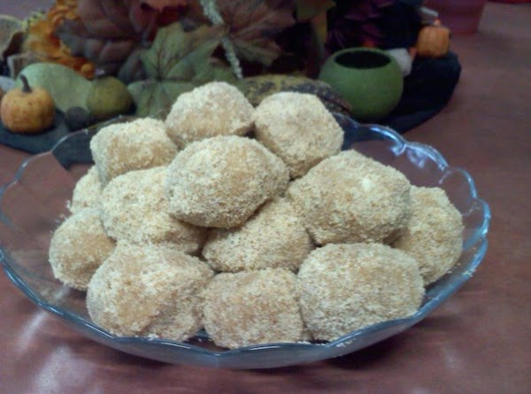 Lisa's Peanut Butter Balls Recipe