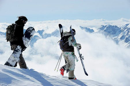 Skiing vs. Snowboarding for Beginners | What to Learn First