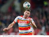 'Spelersgroep Duitse eersteklasser muit nadat speler op non-actief werd gezet omdat hij naar zijn geld vroeg'