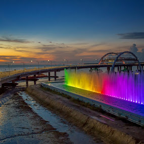 Dancing Water Fountain Color by Raden Bagus Paijo - Landscapes Sunsets & Sunrises ( sunrises, colorfull, bridge, beach, travel )