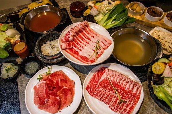 高雄火鍋推薦-哈肉鍋.家樂福好肉鍋物.客製化大肉盤火鍋