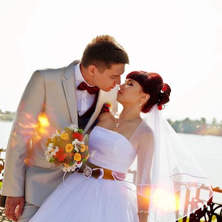 Wedding photographer Elena Zheneveva (ElenaEKuznetsova). Photo of 21.05.2015