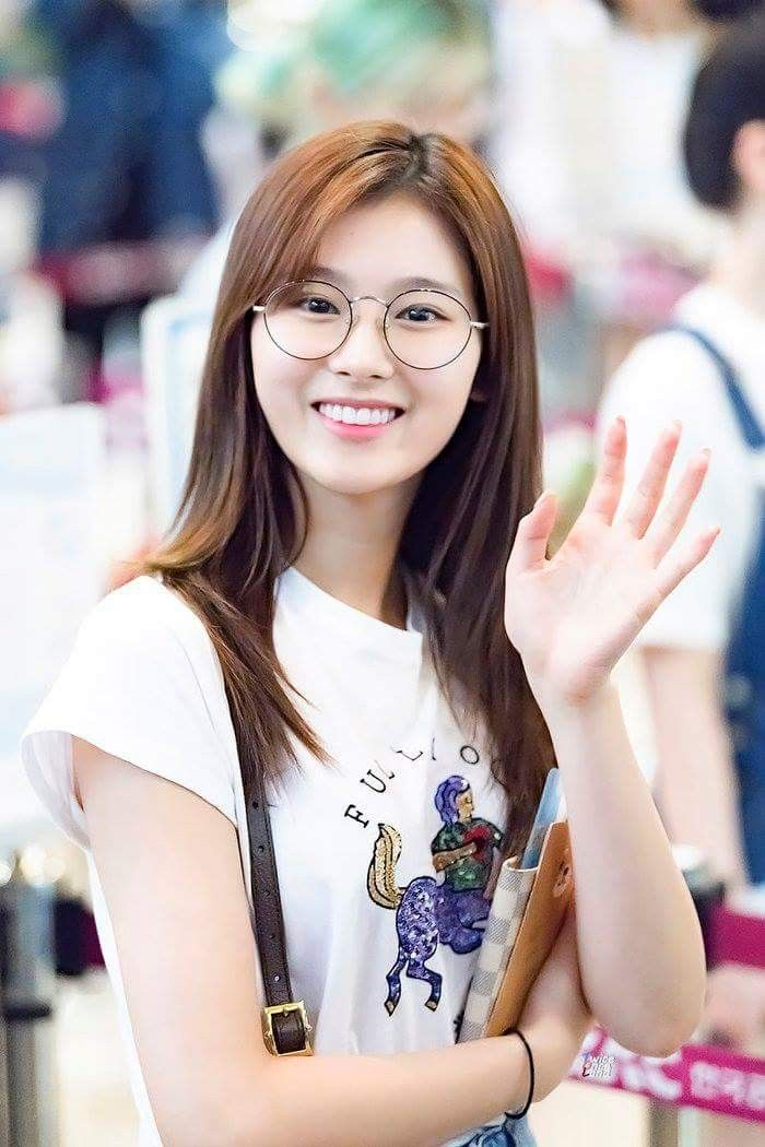 7 Heartbreaking Things You Don't Know About Sana, That'll