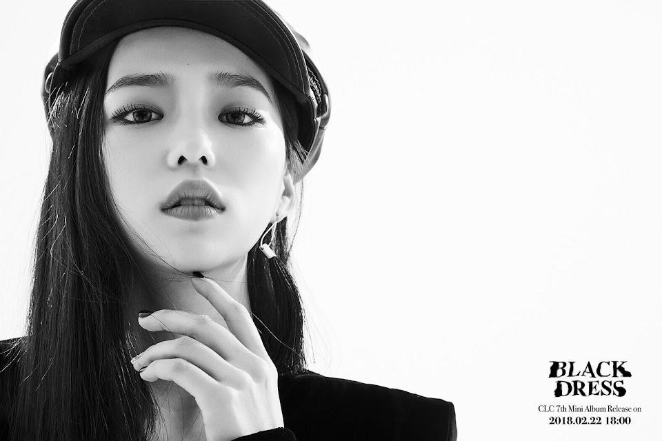yeeun black 4