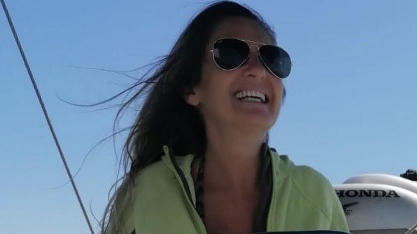 Silvina Reyes, navegando con su barco