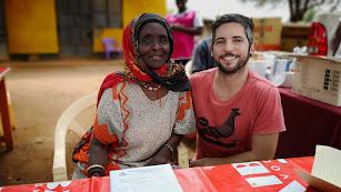 Jesús Verdegay en un poblado de la región de Tigania, en Kenia.