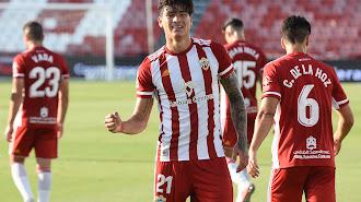 Darwin Núñez celebrando el golazo frente al Rayo Vallecano.
