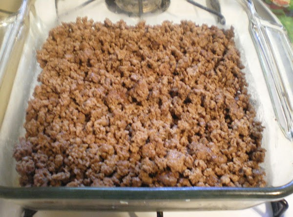 Pour drained beef into an 8X8 baking dish.