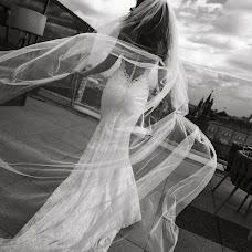 Wedding photographer Galina Nabatnikova (Nabat). Photo of 06.06.2018