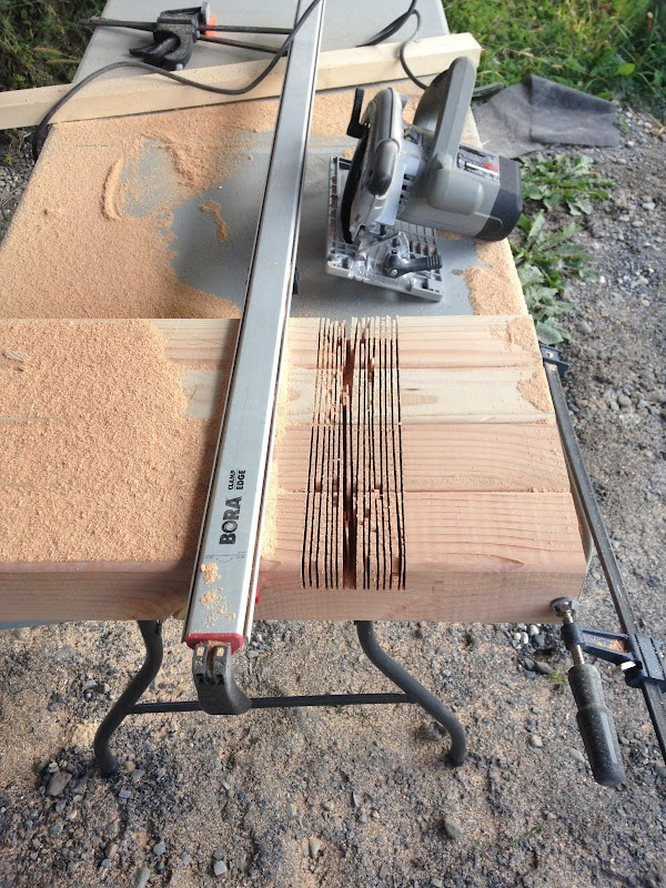 Cutting half lap joints
