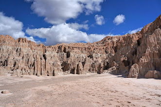 Photo: The spires and buff-colored cliffs are the result of geologic processes occurring over tens of millions of years.