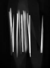 Photo: © Olivier Perrot Photogram Photogramme nb lecture 2000 40x54cm Ref : livre0116A